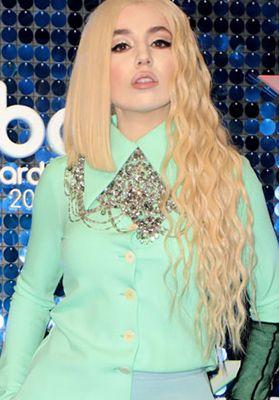 Ava Max Neues Album Ist Purer Pop Promis Pop Musik Musik