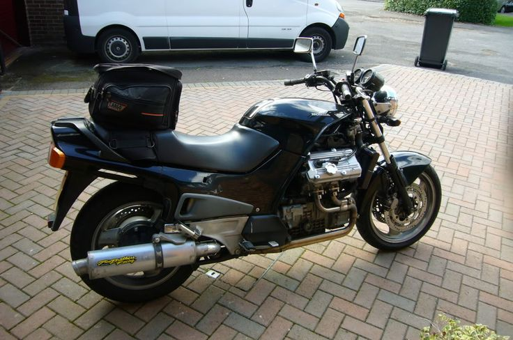 ST1100 Street Fighter. Wishing I had thought of doing this to mine!
