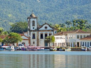 Explore Brazil like a local with a trip to picturesque Paraty Bay. Explore the pristine bay, do some kayaking or head into the neighbouring Atlantic Forest.