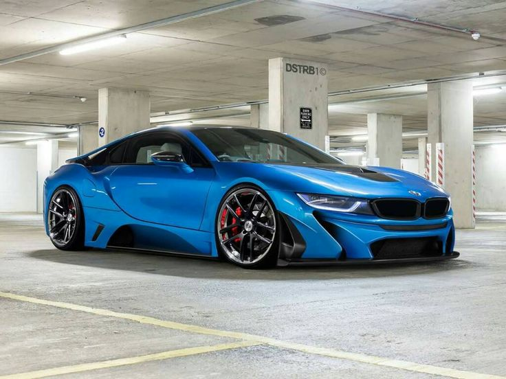 Very muscular and with a 'slightly' agressive stance - BMW South Africa i8....K