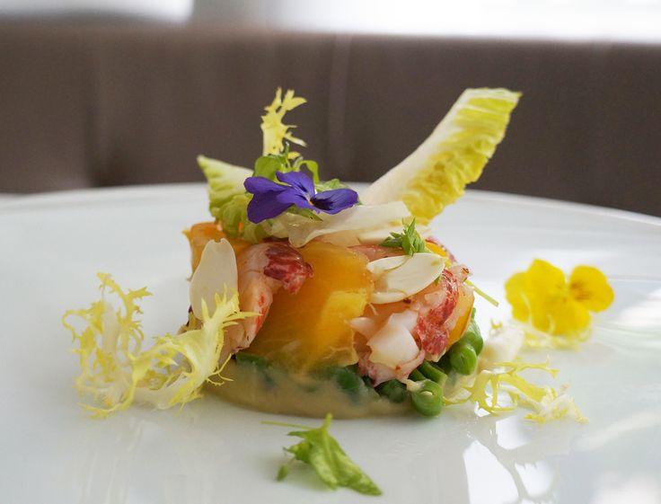 Un des premiers invités lors d'un dîner chic, le homard est un mets de qualité et raffiné. Pas si compliqué à préparer, découvrez nos 20 recettes les plus...