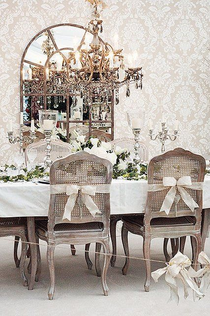 Breathtakingly beautiful tablescape for a wedding luncheon