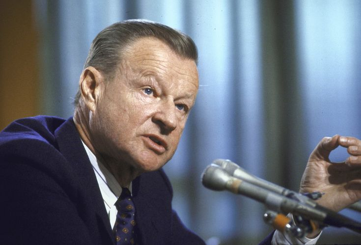 Mr. Brzezinski, who guided Mr. Carter during the Iran hostage crisis and the Soviet invasion of Afghanistan, had decades of influence in global affairs.