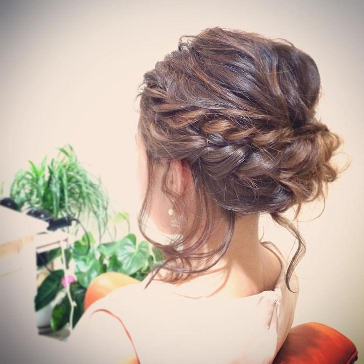 today's hair style☆  スッキリ目にまとめて後れ毛で可愛さをプラス☆ 甘さとゆるさがいい感じ♪. .  #ヘアセット #セット #ヘアアレンジ #アレンジ #アップスタイル #シニヨン  #波ウェーブ #ツイスト #ねじねじ #ふわふわ #モフモフ #シンプル #後れ毛 #結婚式 #ルーズ  #フェミニン #ブライダル #パーティー #二次会 #ありがとう #京都 #京都駅前 #美容室 #t2style #love  #courarir #courarirhair #courarirkyotoekimae #courarirhairkyotoekimae