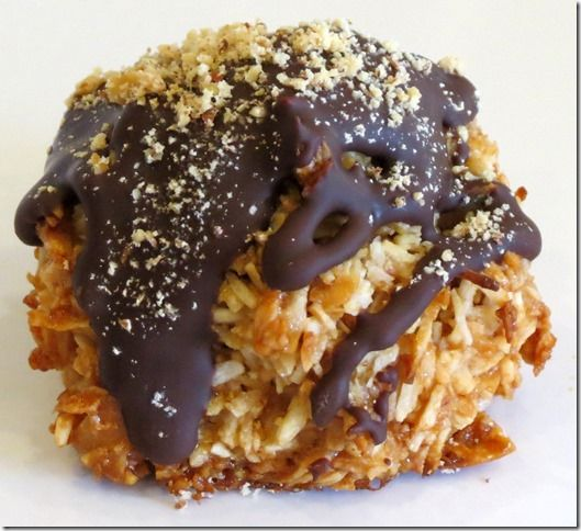 Chocolate Drizzled Toasted Almond Coconut Macaroons, Gluten Free, Paleo, Refined Sugar Free at Baking and Boys!