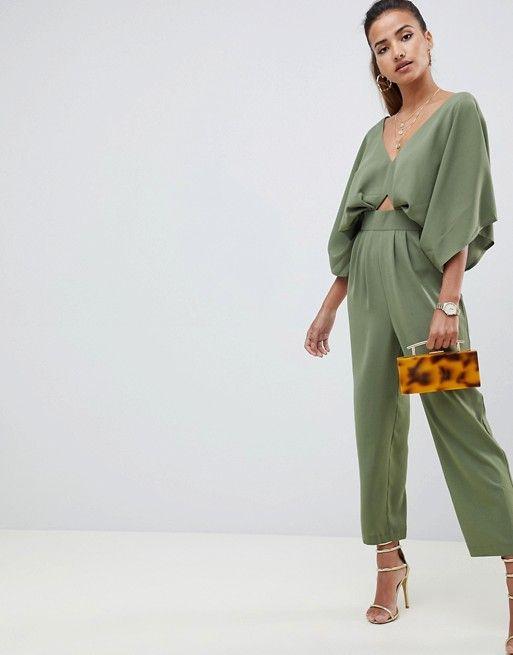55418fa04b2 DESIGN jumpsuit with kimono sleeve and peg leg