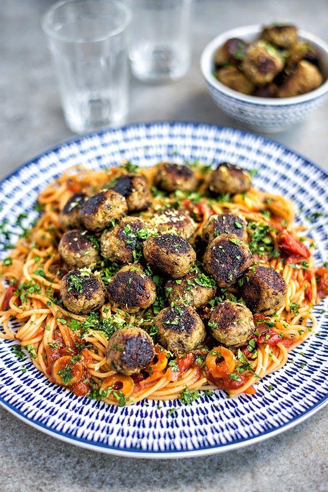 Incredibly tasty Vegan Aubergine 'Meatballs' with Spaghetti | Supergolden Bakes