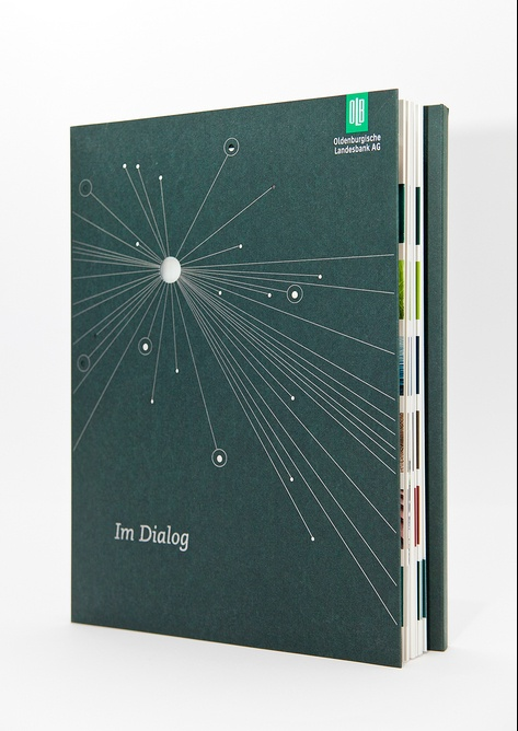 Miller-Yrbk cover inspiration / Public Viewing | 100 Best Annual Reports 2012