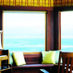 Tour a classic Craftsman | The View from the Window Seat | Sunset.com