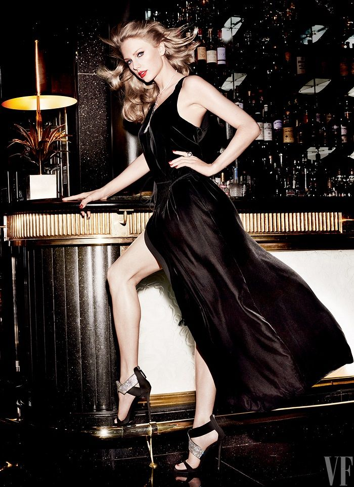 Taylor Swift Sizzles In Mario Testino Images For Vanity Fair September 2015 - 3 Sensual Fashion Editorials | Art Exhibits - Women's Fashion & Lifestyle News From Anne of Carversville