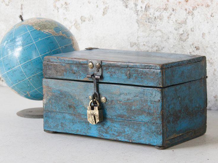 Blue Vintage Box from Scaramanga's vintage furniture and interior collection #interior #homeinspo #inspiration #vintage #ideas #homedecorideas #scaramanga