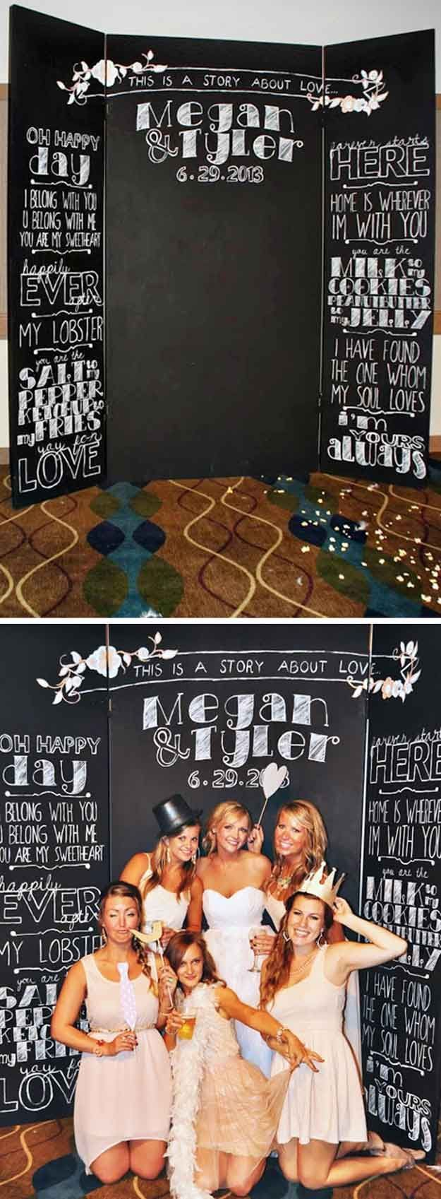 How to Make a Wedding Photo Booth | Invitation Photo Booth by DIY Ready at diyready.com/...
