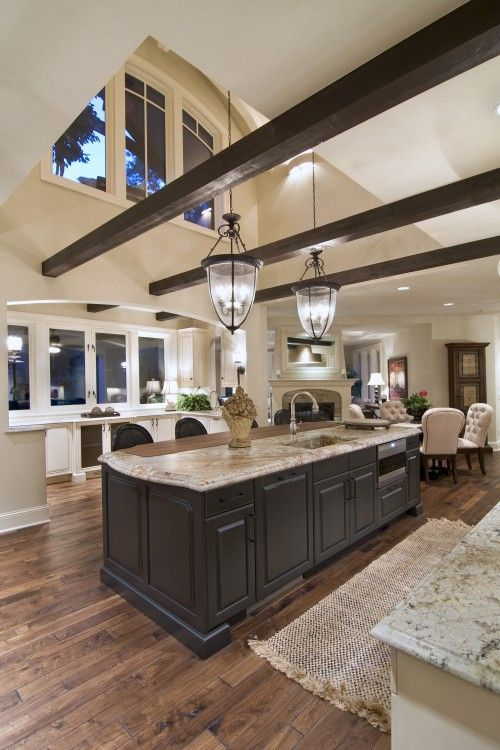 great ceiling and windows: Ceilings Beams, Dreams Kitchens, Kitchens Design, Exposed Beams, Open Spaces, Expo Beams, High Ceilings, Open Kitchens, Woods Beams