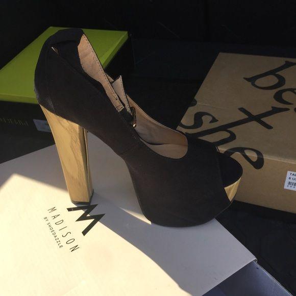 Shoe dazzle black open toe heels Brand new never been used still in box Shoe Dazzle Shoes Heels