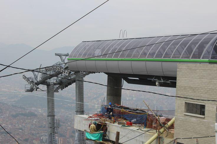 Construcción Línea (M) Miraflores y Línea (H) Alejandro Echavarría del Proyecto Corredor Verde Tranvía de Ayacucho para el Metro de Medellín. Cliente: Metro de Medellín Obra en ejecución