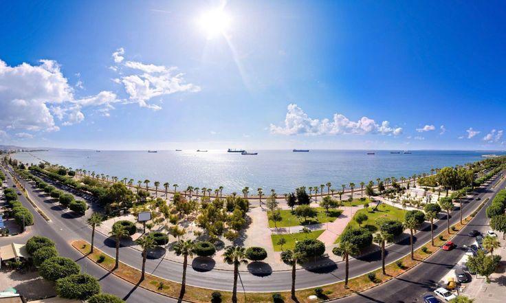 На Кипре расположено много городов-курортов, особенное место среди таковых занимает Лимассол, идеально подходящий как для времяпровождения всей семьей, так и для отрыва большой и дружной компанией. Его удобное расположение – на юге острова – позволяет посетить и осмотреть практически все достопримечательности, находящиеся в округе. Даже зимой туры в Лимассол пользуются огромнейшей востребованностью. Места семейного отдыха […]
