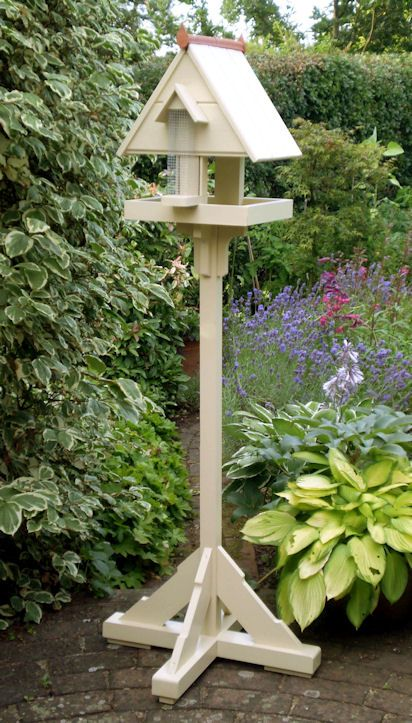 Hanley Bird Table with Feeder