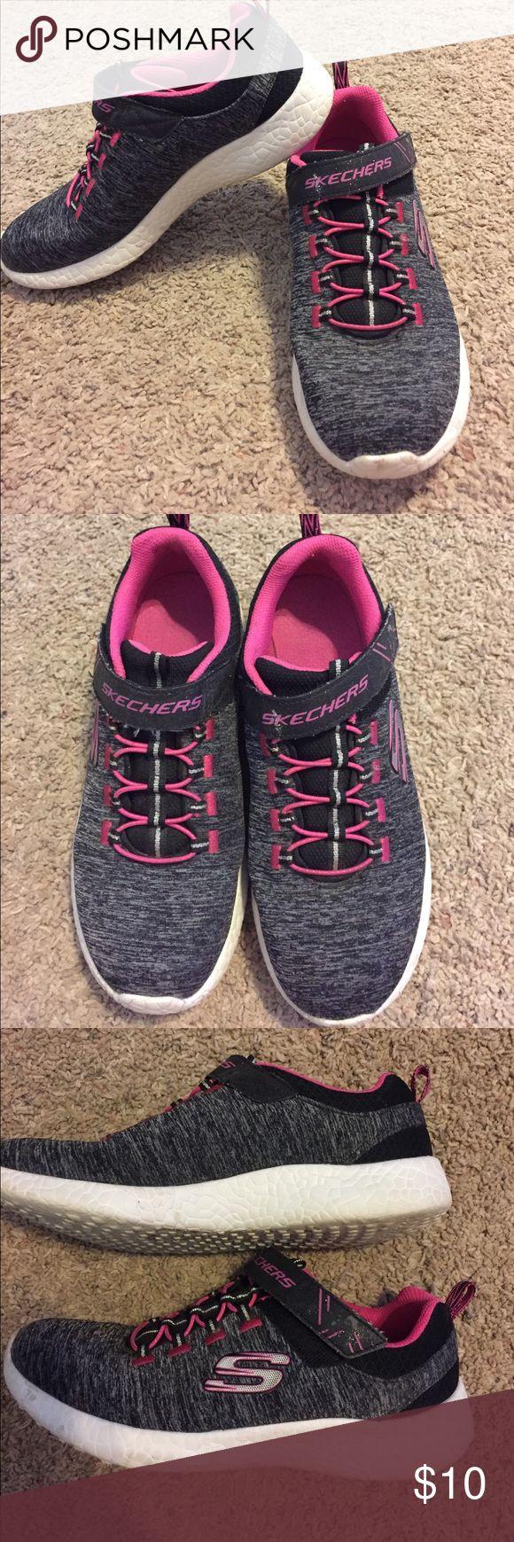 Skechers slip on girl's sneakers Grey & pink sip on Skecher sneakers for girls. Great condition, barely worn, very light shoes Skechers Shoes Sneakers