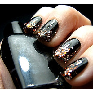 Black nails with sparkles: Nails Art, Nails Design, Glitter Nails, Black Nails, Black Gold, Nails Polish, Black Glitter, New Years, Halloween Nails