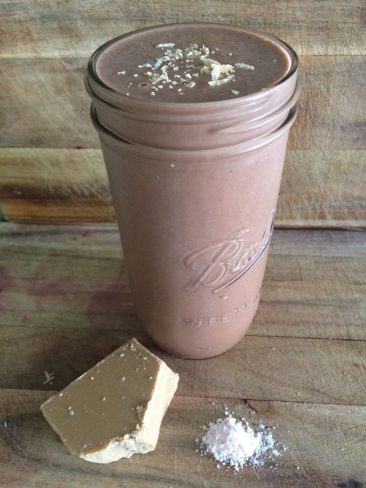 Chocolate Smoothie with Salted Caramel  Sooooo tasty! Still has all of the Proteins, Low GI Carbohydrates and Healthy Fats to Build Lean Muscle and Lose that Unwanted Fat!  #followforfollow #likeforlike
