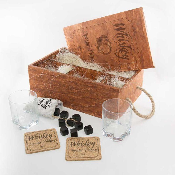 Подарочный набор для виски «Eco Whiskey Premium» с гравировкой - вариант корпоративного подарка на Новый год