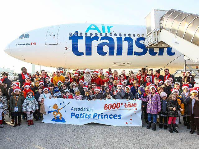 Air Transat : vol Père Noël et espace multimédia