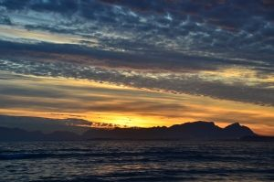 Side view of Table mountain  Copyright: Hentie Mostert