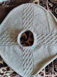 Уже месяц лета прошел, а жары и не видели, вот и связался свитер для внучки, конечно к осени.