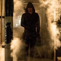 Arrow Finale Does 2 Things That Haven't Been Done on TV Before, Stephen Amell Promises
