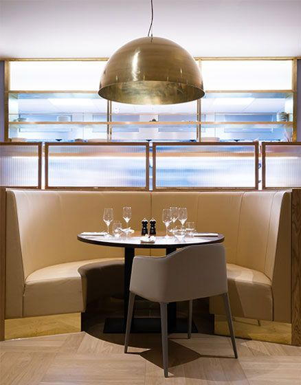 Smiths of Smithfield, Cannon Street, The Manser Practice #restaurants #interiors #design #steak #food #tiling #lighting #seating #bar #cannon #London #eat