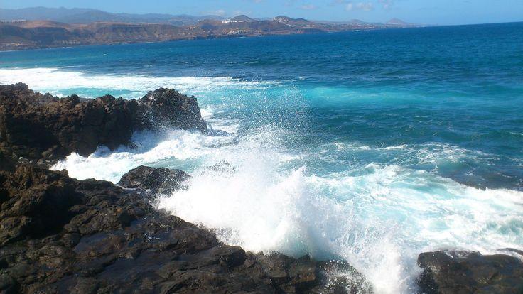 El mar en la puntilla.