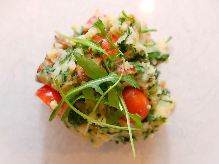 Een snelle rucolastamppot met in balsamico gebakken champignons