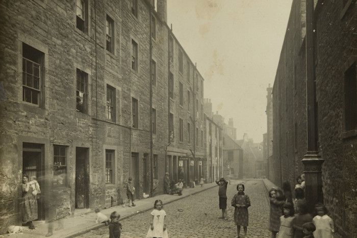 A series of images giving the public a rare glimpse into 1920s Leith and its people has been made available online. Read more at: http://www.scotsman.com/heritage/people-places/fascinating-photographic-archive-of-1920s-leith-published-online-1-4267213