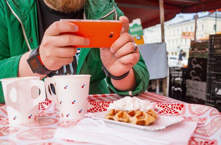 Lumia 930  https://kauppa.saunalahti.fi/#!/puhelimet/Nokia-Lumia-930