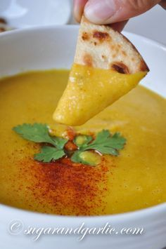 Shurbat al-'ads (egyptian lentil soup)