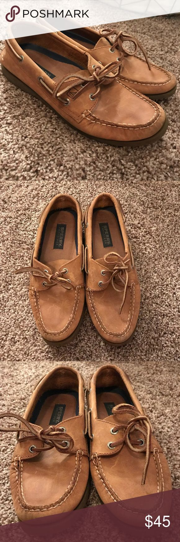 Sperry Topsider - Leather Boat Shoes - Women's 9 Real leather boat shoe, lightly worn, Women's 9 Sperry Top-Sider Shoes
