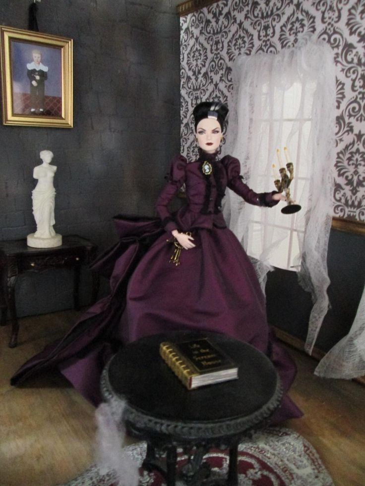 17 Best images about Western & Victorian Doll Stuff on ...