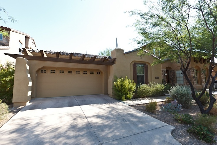 A fantastic 3 bedroom two bath with pool in DC Ranch