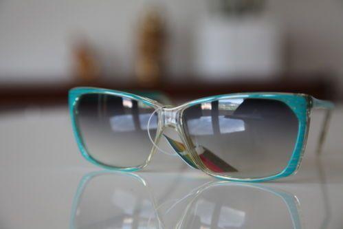 Polaroid Vintage Tortoise Sunglasses Blue Green Translucent Light DarkLenses   eBay