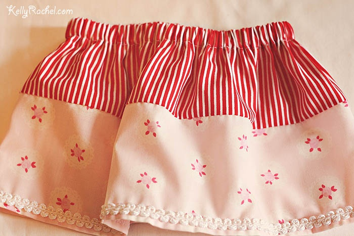 Little baby skirt, made from this tutorial: blog/wp-content/uploads/Signature.jpg