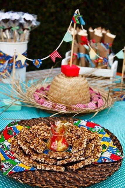 Dicas e sugestões para Festas Juninas! Acesse: https://pitacoseachados.wordpress.com #pitacoseachados