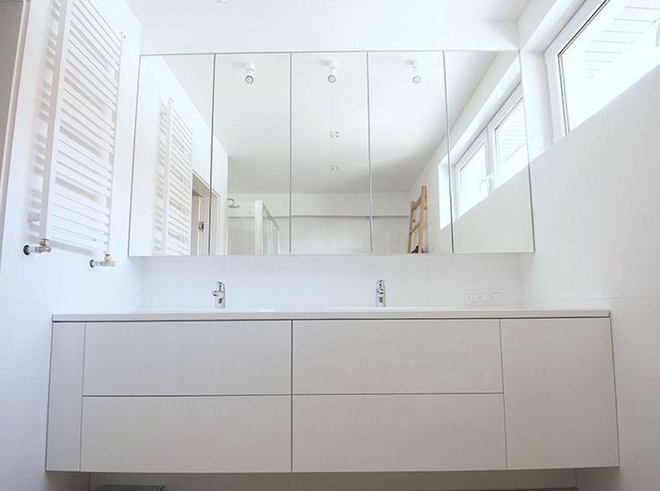 Meble na wymiar Katowice / Mysłowice  białe wnętrze , lustra , dopasowane , zabudowa , łazienka , szuflady , blum , dekor , nowoczesna , bathroom , white , total , mirror