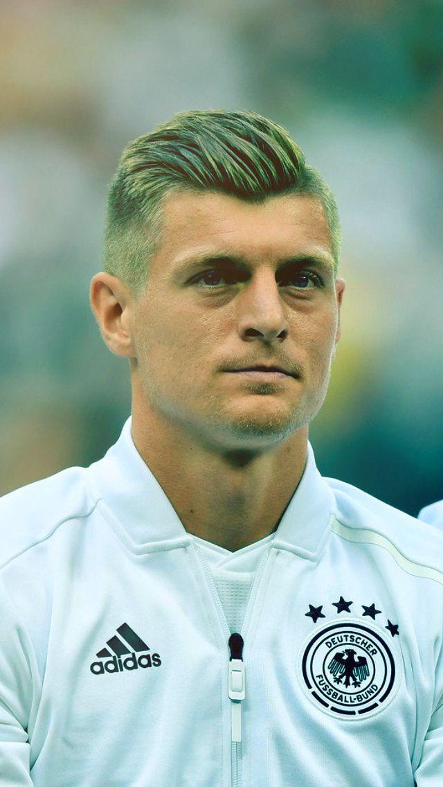 Toni Kroos Toni Kroos Football Is Life World Football