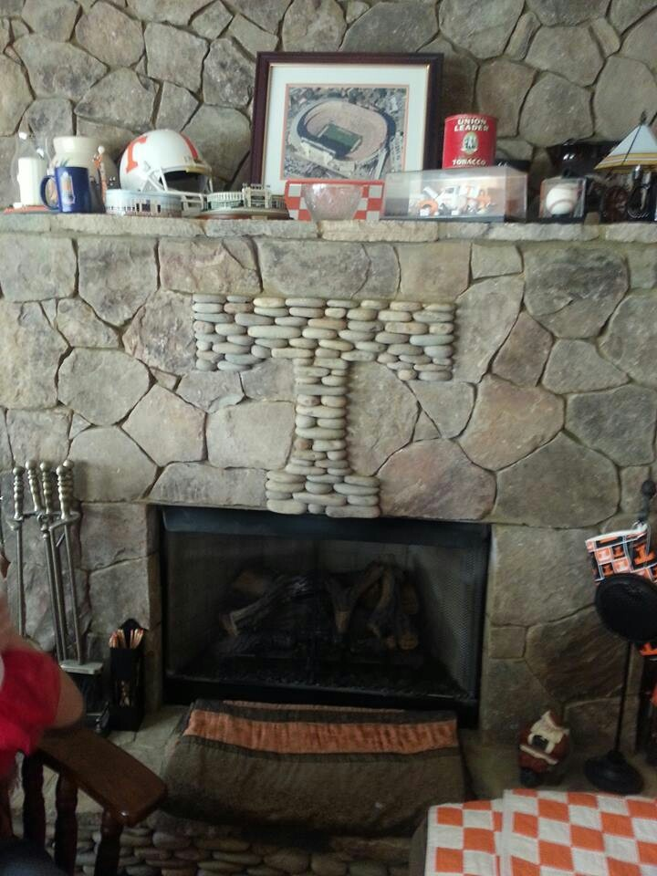 Tennessee Fireplace....like the idea but needs to be Arkansas!! Go Hogs!