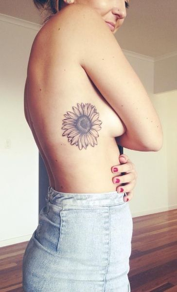 30 Most Popular Tattoo Designs for Girls | Hugestyles
