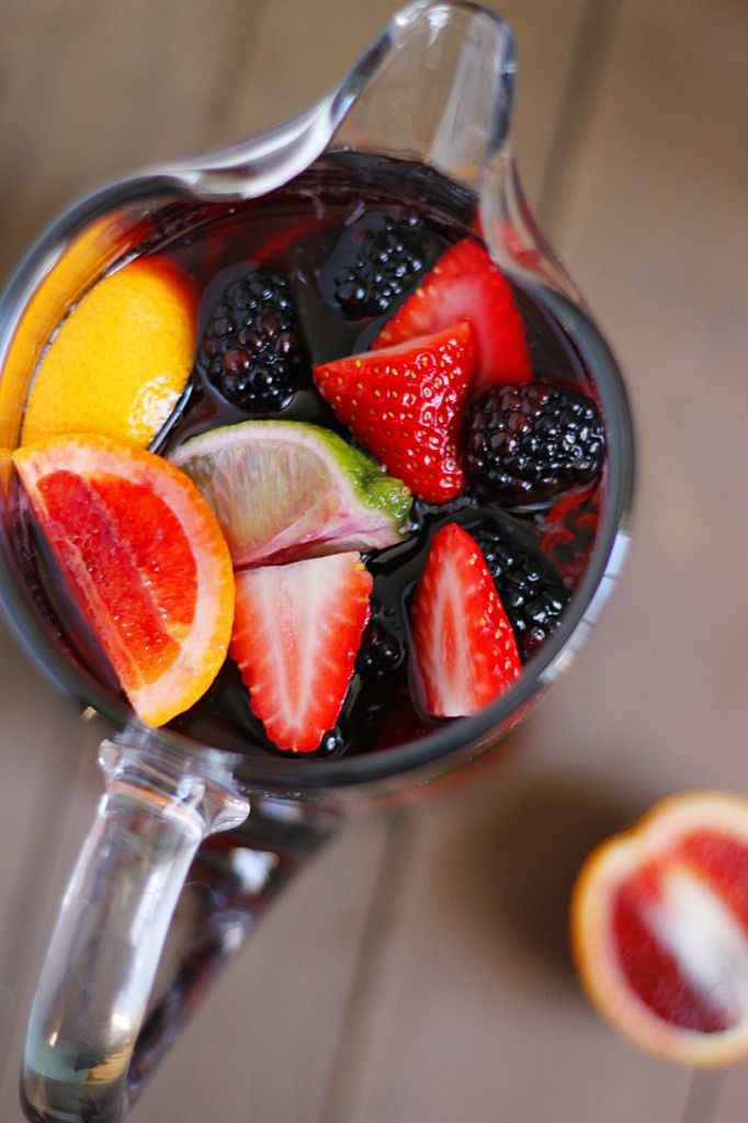 Recipe for a fruity drink while loungin' in my #beach chair. - Blood Orange Blackberry Sangria | Fabtastic Eats