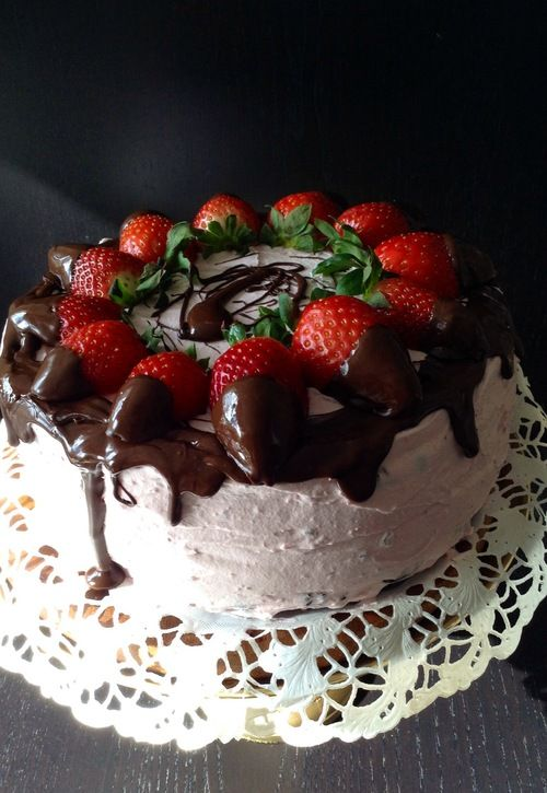 Vegan cake with strawberry and chocolate.