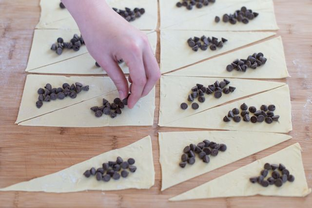Sinfully Easy Chocolate Croissants from www.inspiredtaste.net #recipe #chocolate