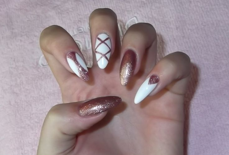White and gold nails- Sylwestrowe paznokcie Semilac