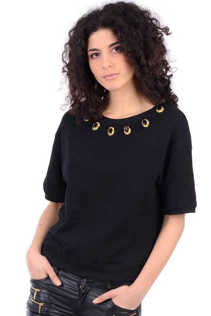 Short Sleeved Jumper With Neck Detail